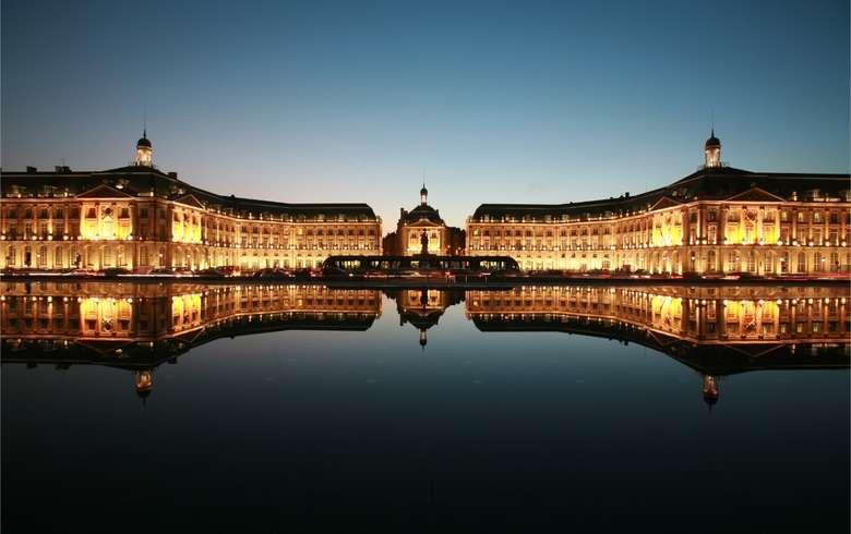 Place-de-la-Bourse-2_format_780x490
