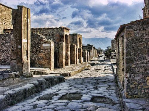 pompeii-2375135_640