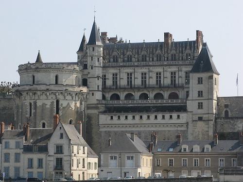 castle-1975942_640
