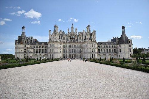castle-4406410_640