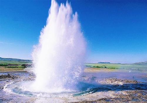 盖锡尔间歇喷泉