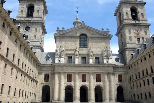 埃斯科里亚尔修道院