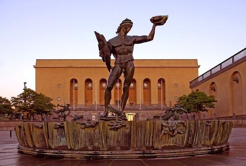 海神波塞冬雕像