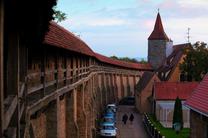 罗腾堡城墙